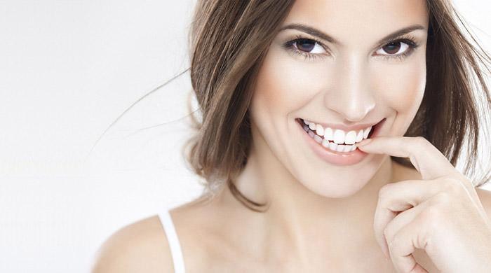 Качественное отбеливание зубов домашними средствами