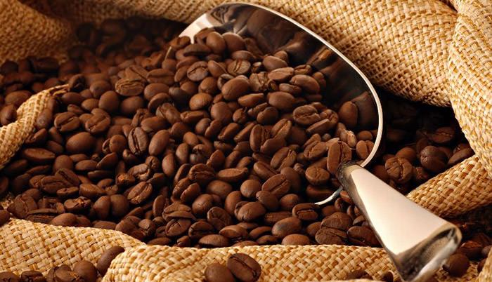 Кофейный скраб для увлажнения и питания кожи