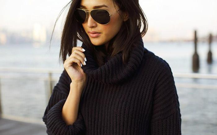 Объёмный свитер в стиле oversize. Идеи для неповторимого образа