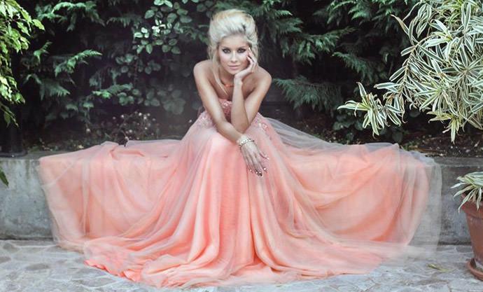 Персиковый цвет в одежде. Свежий и оригинальный образ